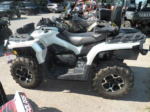 2015 Can-Am Outlander™ MAX XT™ 800R in Gaylord, Michigan
