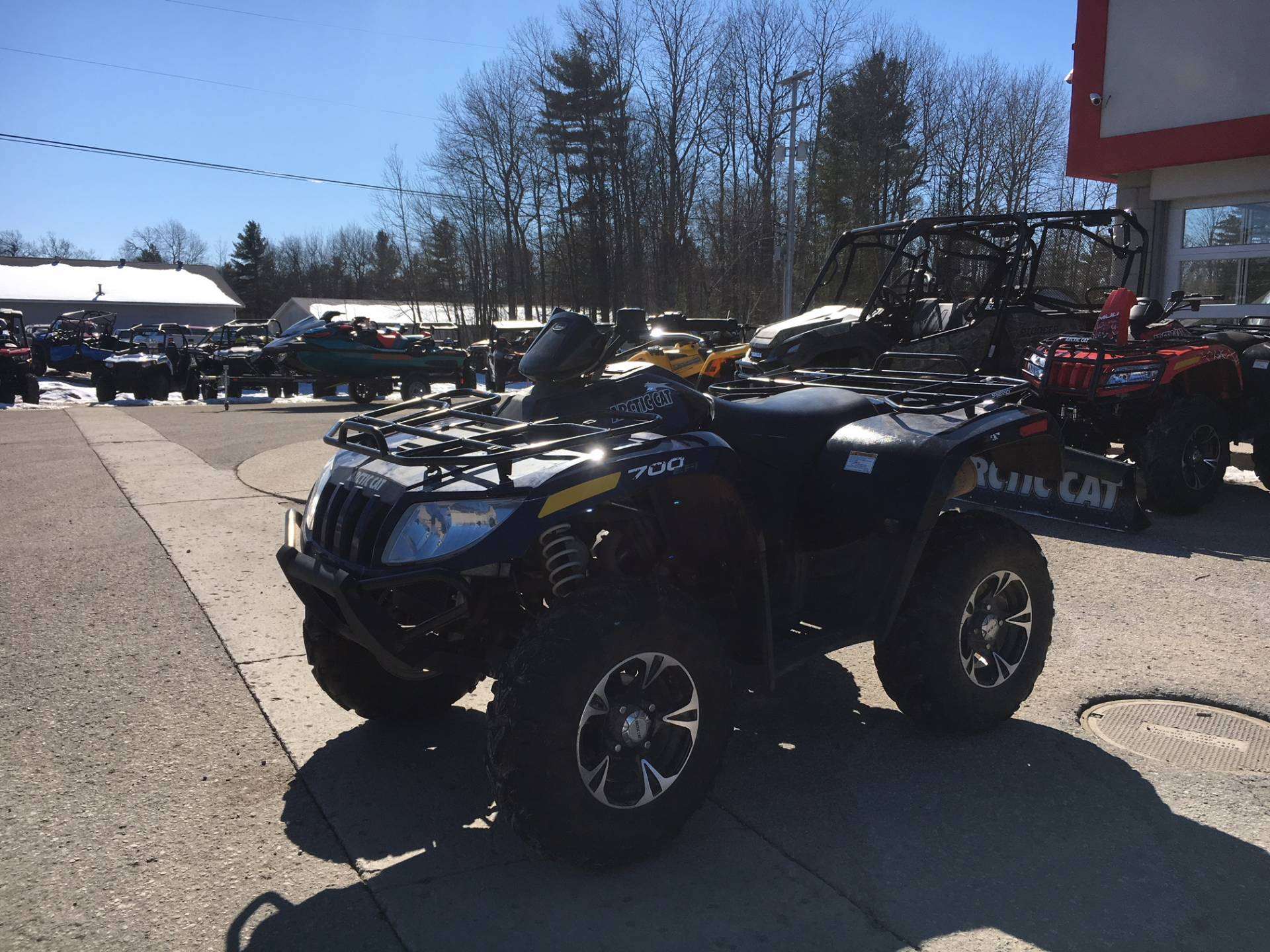 2014 Arctic Cat 700 XT in Gaylord, Michigan