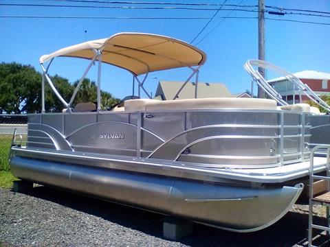 2017 Sylvan 8520 Cruise -N-Fish in Grant, Florida