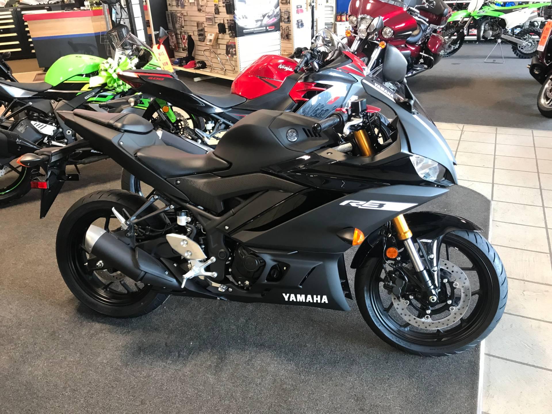 2019 Yamaha YZF-R3 ABS 1