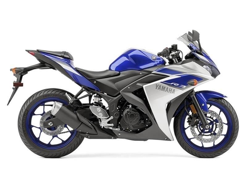 2015 Yamaha YZF-R3 1
