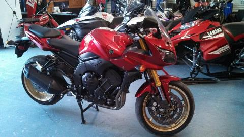 2010 Yamaha FZ1 in Tamworth, New Hampshire