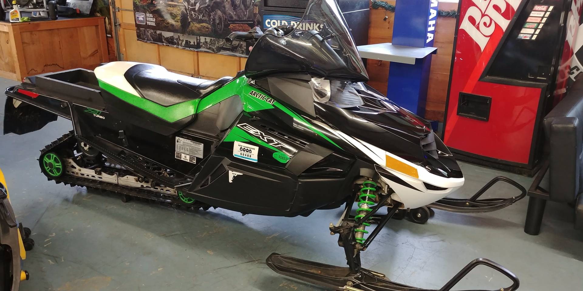 2011 Arctic Cat Z1™ Turbo EXT in Tamworth, New Hampshire