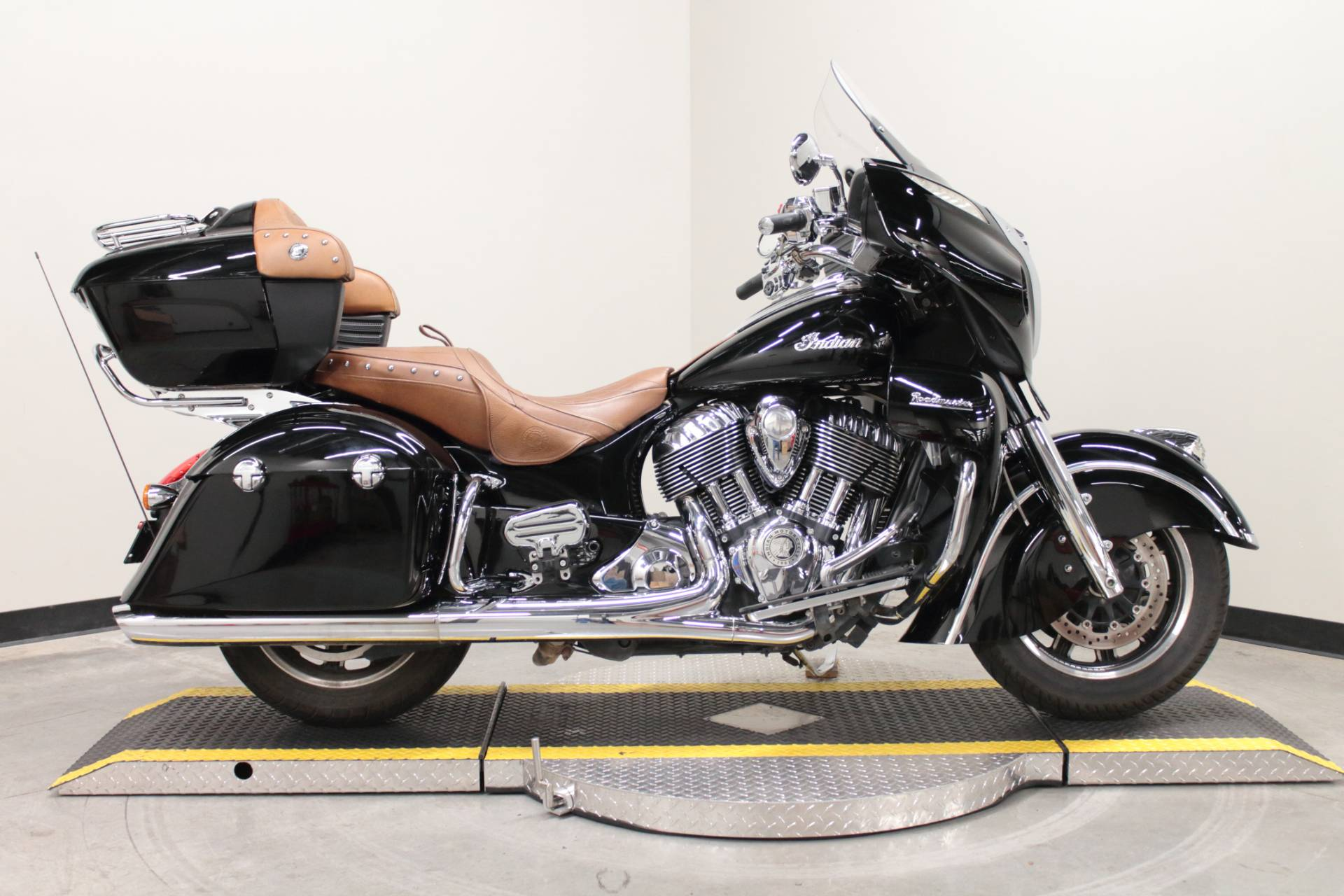 2015 Indian Roadmaster™ in Fort Worth, Texas - Photo 1