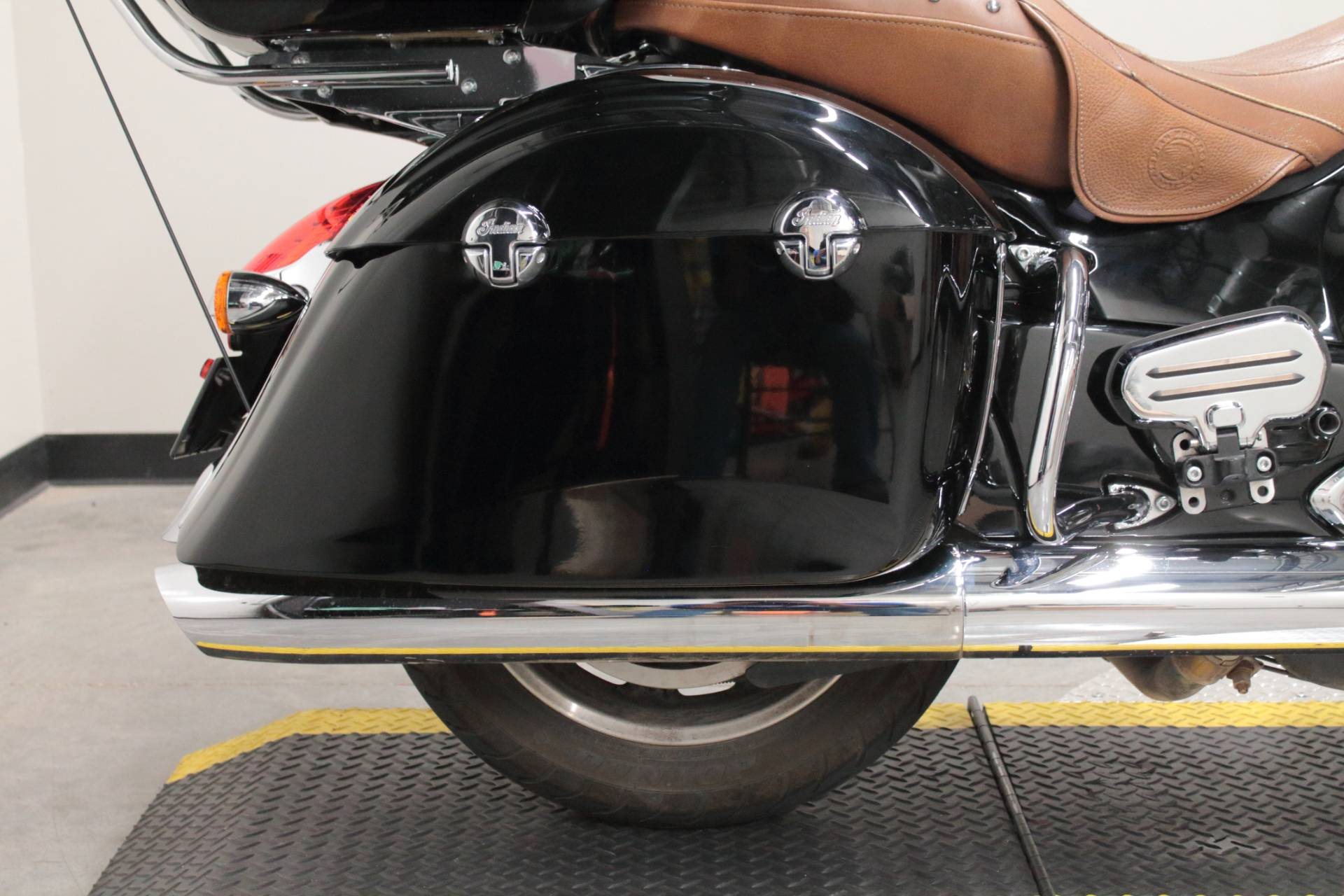 2015 Indian Roadmaster™ in Fort Worth, Texas - Photo 13
