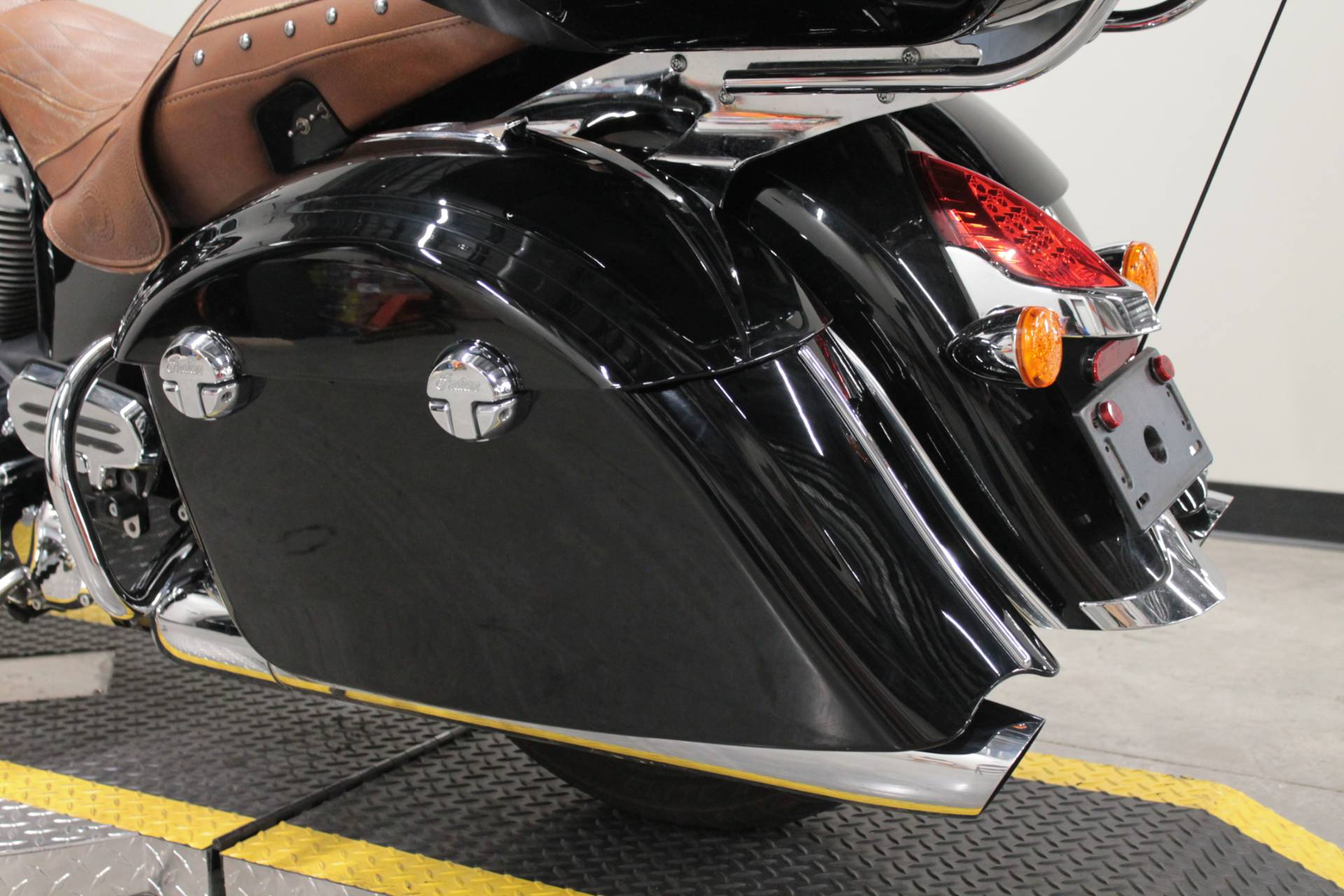 2015 Indian Roadmaster™ in Fort Worth, Texas - Photo 18