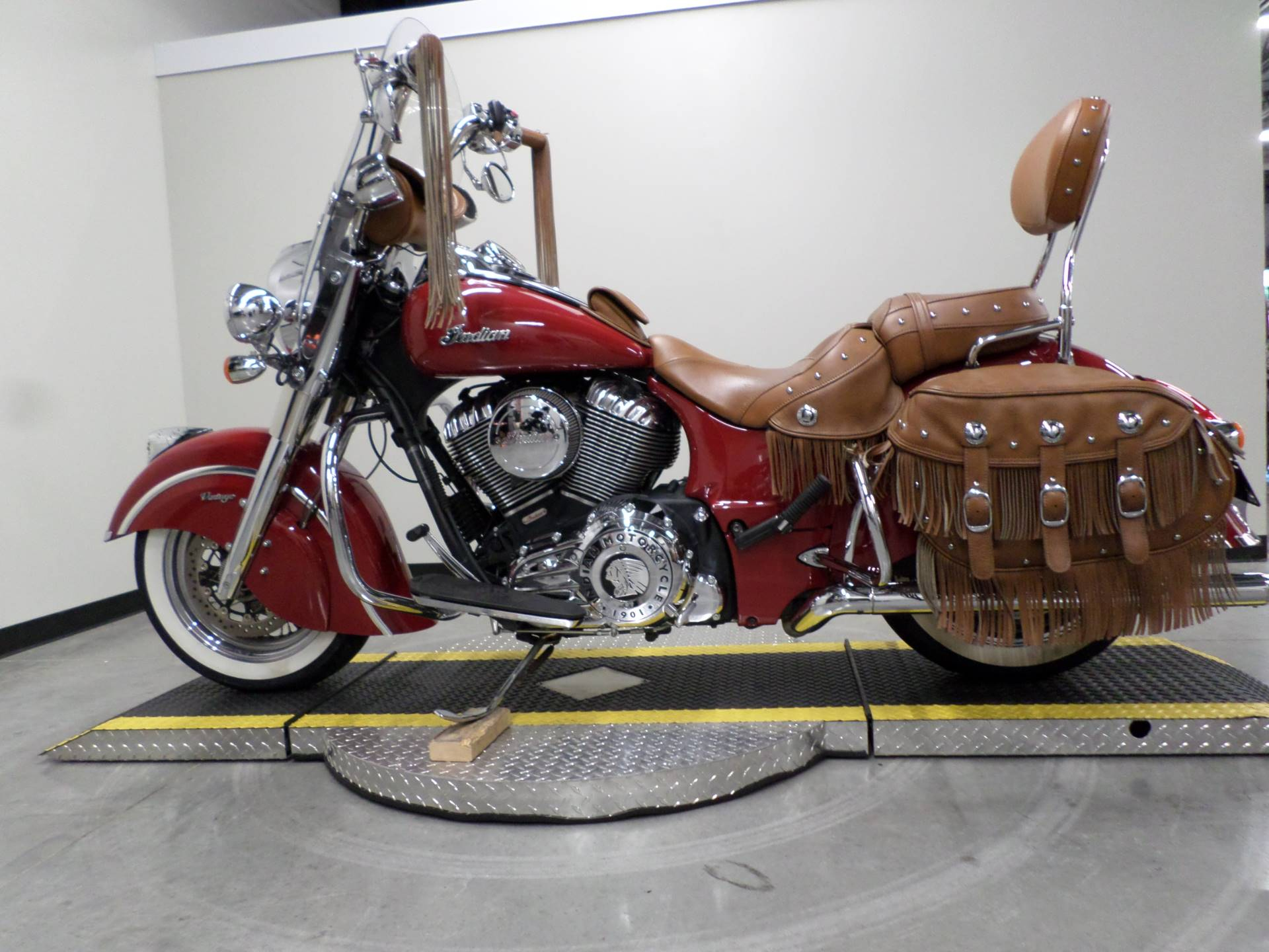 2015 Indian Chief® Vintage in Fort Worth, Texas - Photo 1