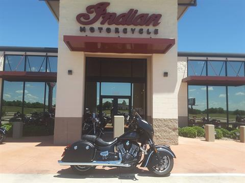 2017 Indian Chieftain Dark Horse® in Fort Worth, Texas