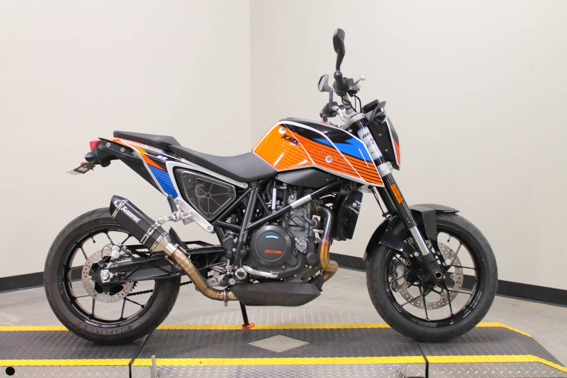 2018 KTM 690 Duke in Fort Worth, Texas - Photo 1