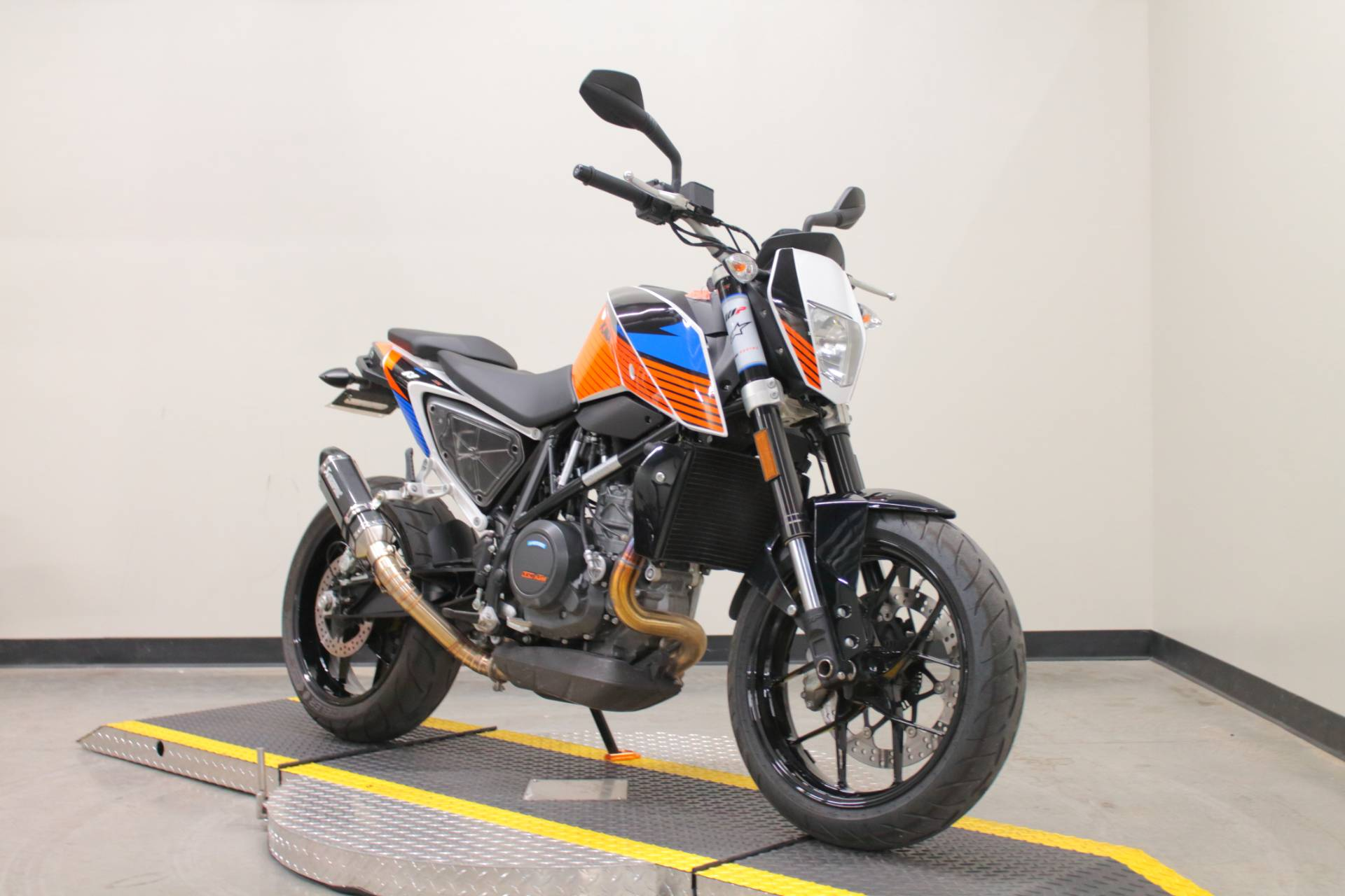 2018 KTM 690 Duke in Fort Worth, Texas - Photo 3
