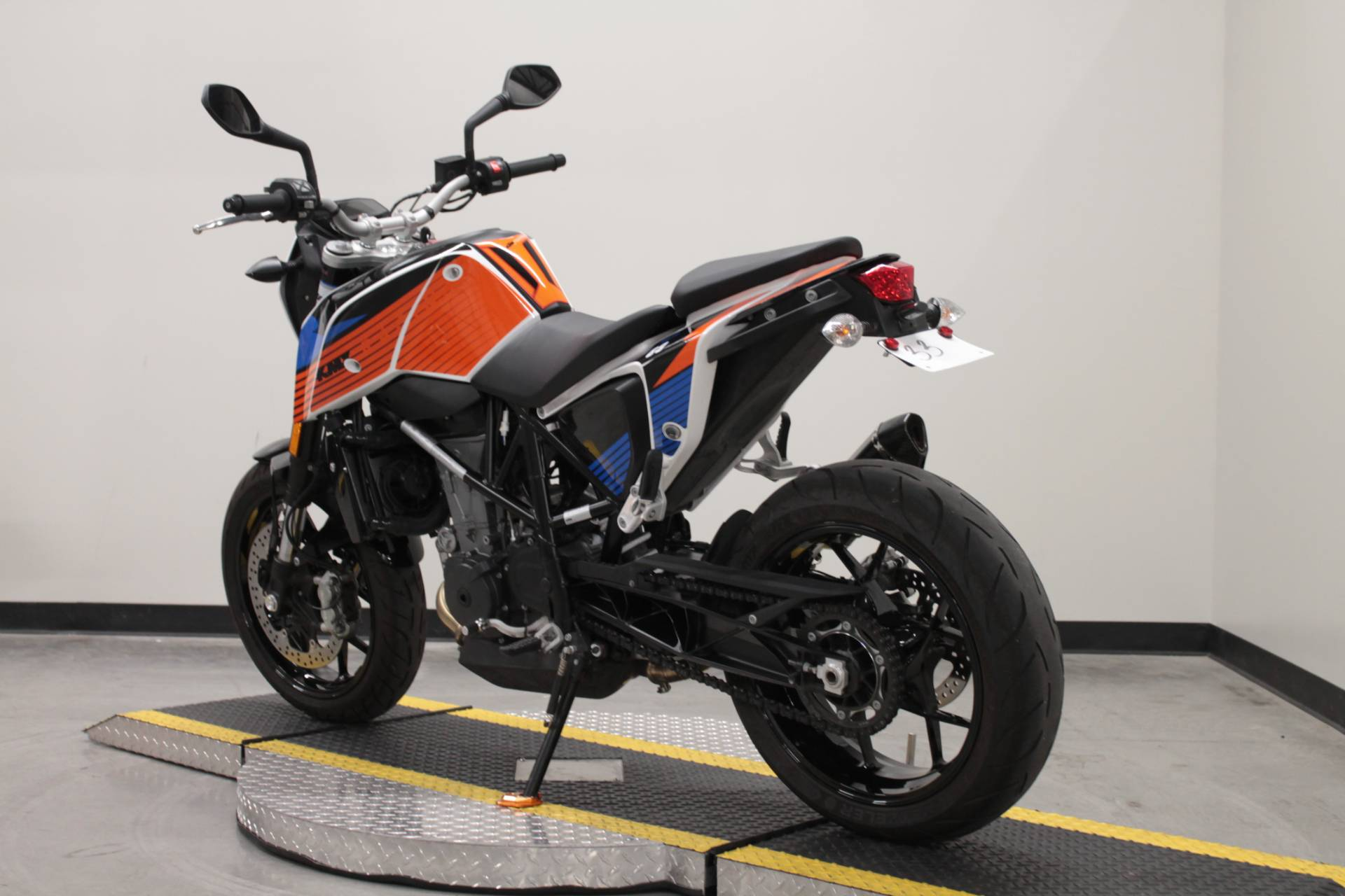2018 KTM 690 Duke in Fort Worth, Texas - Photo 4