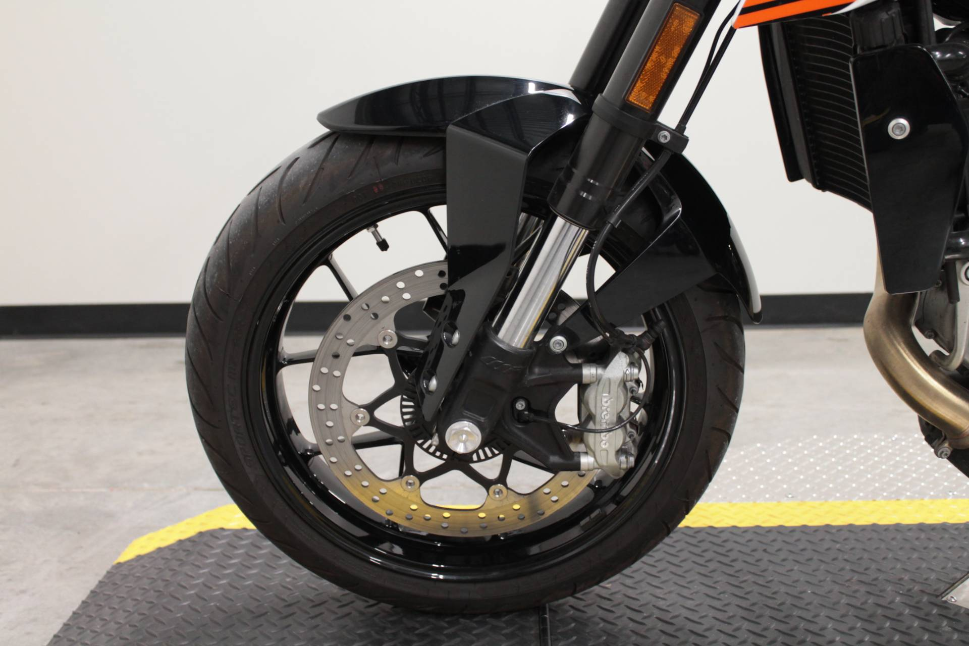 2018 KTM 690 Duke in Fort Worth, Texas - Photo 27