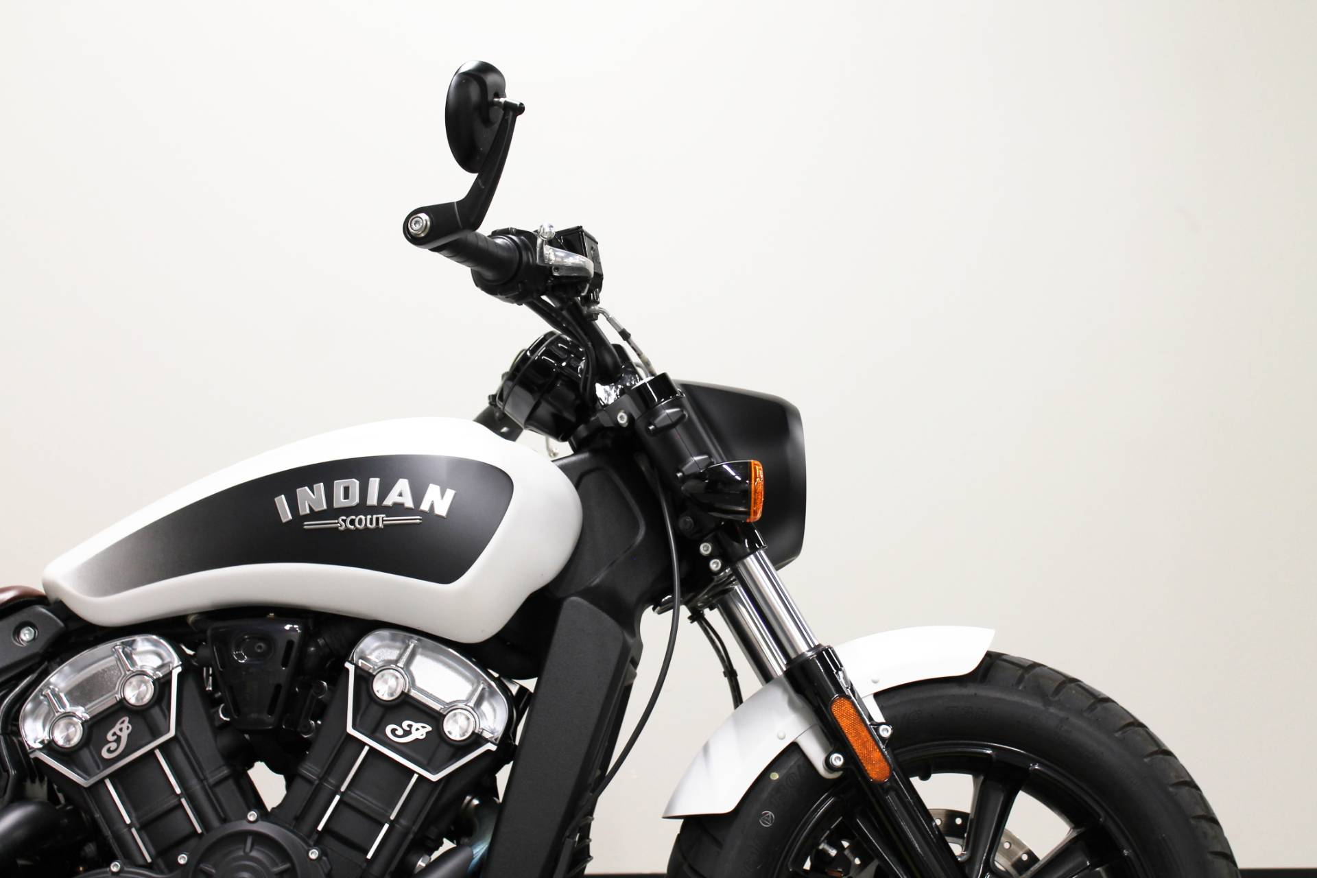 2019 Indian Scout® Bobber ABS in Fort Worth, Texas - Photo 11