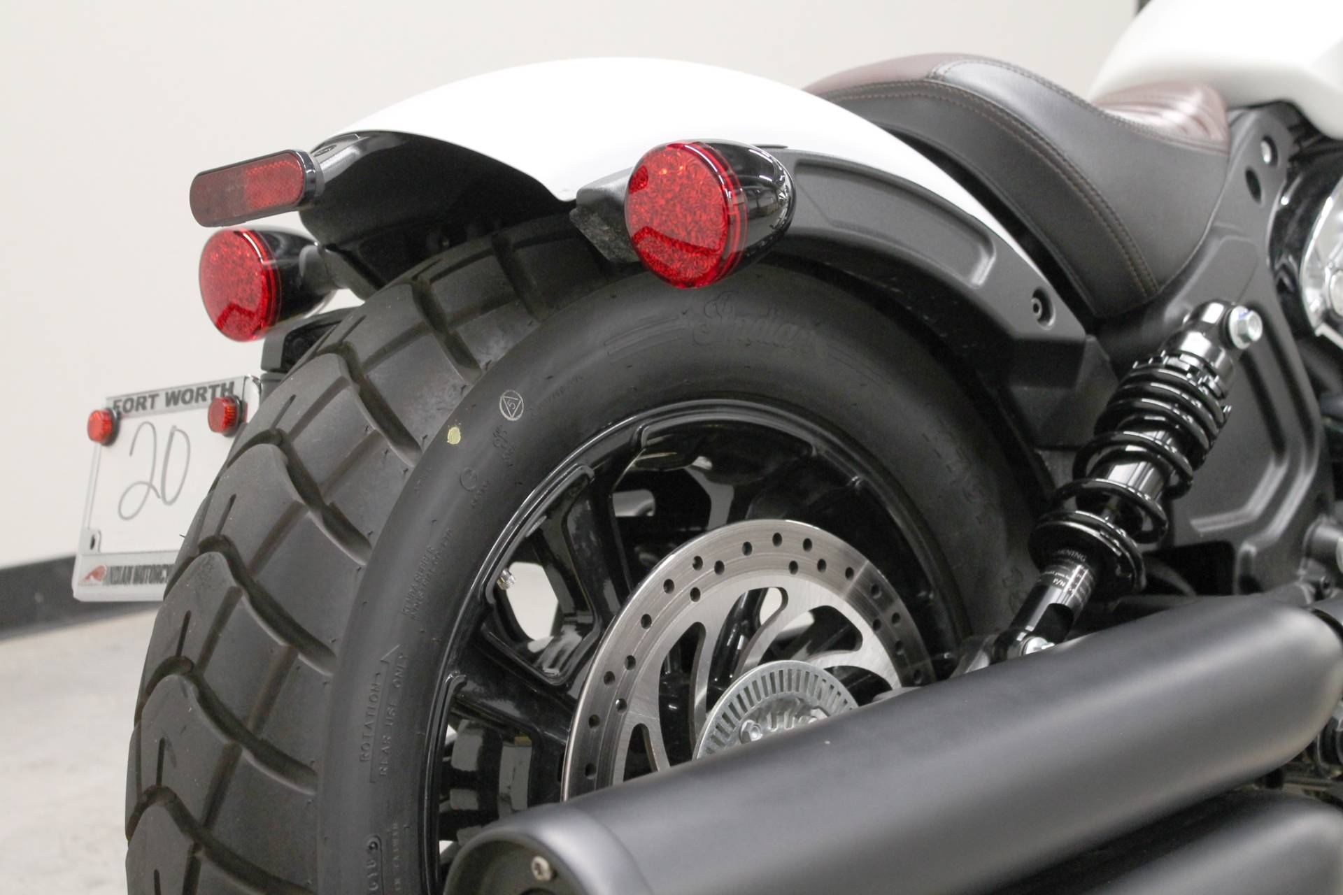 2019 Indian Scout® Bobber ABS in Fort Worth, Texas - Photo 18