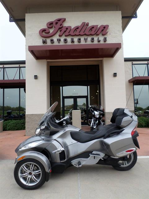 2011 Can-Am Spyder® RT-S SM5 in Fort Worth, Texas