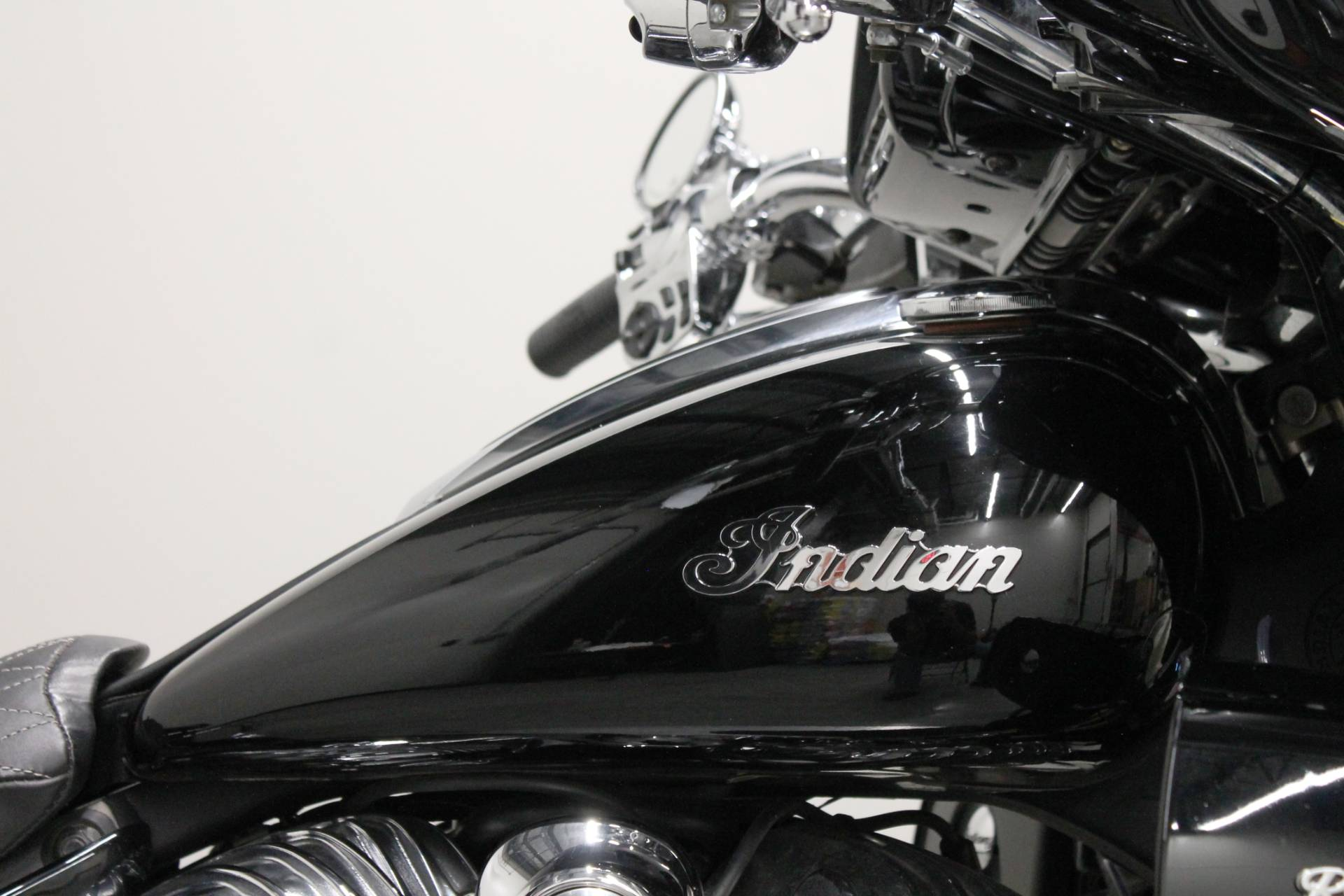 2017 Indian Roadmaster® in Fort Worth, Texas - Photo 10