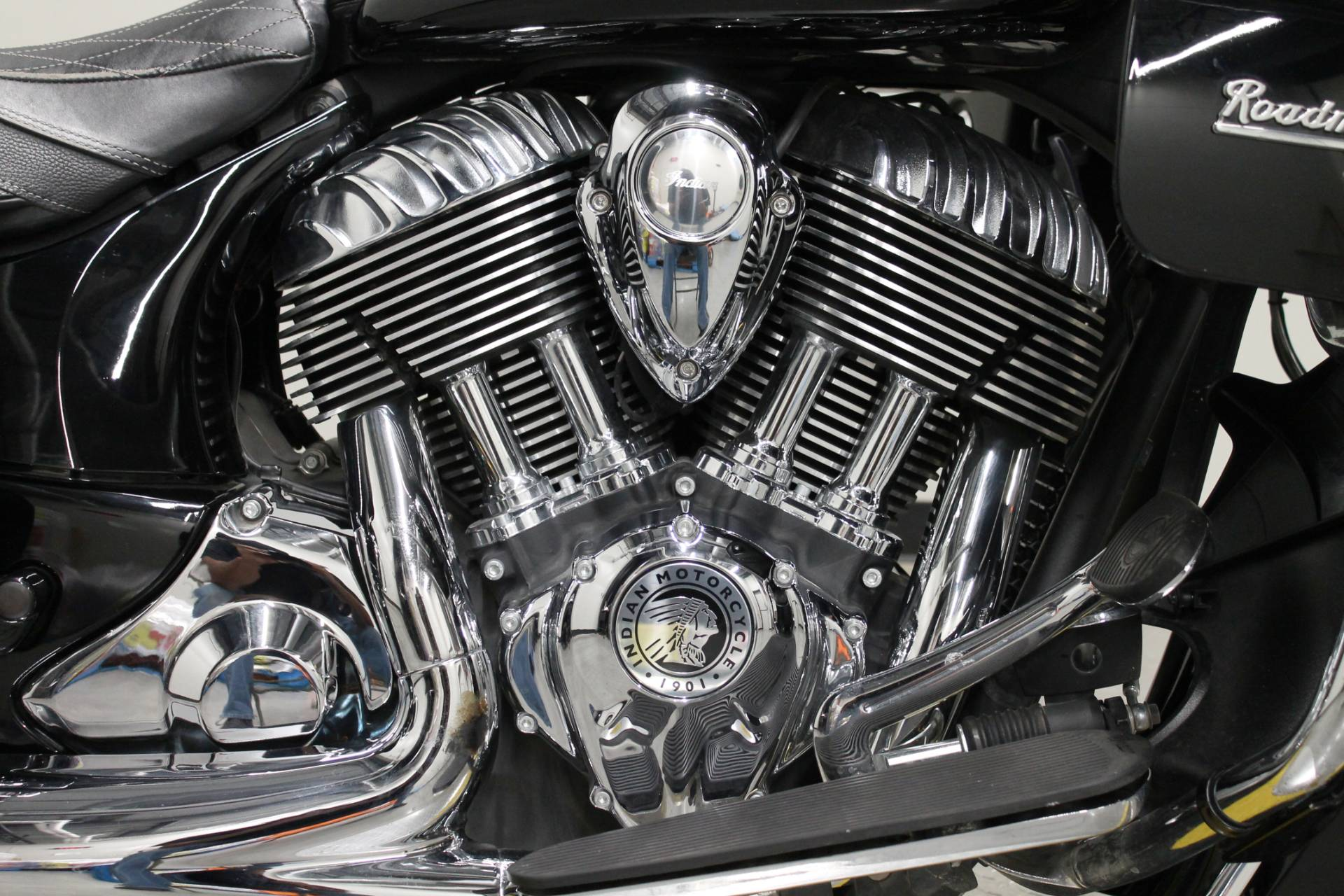 2017 Indian Roadmaster® in Fort Worth, Texas - Photo 12