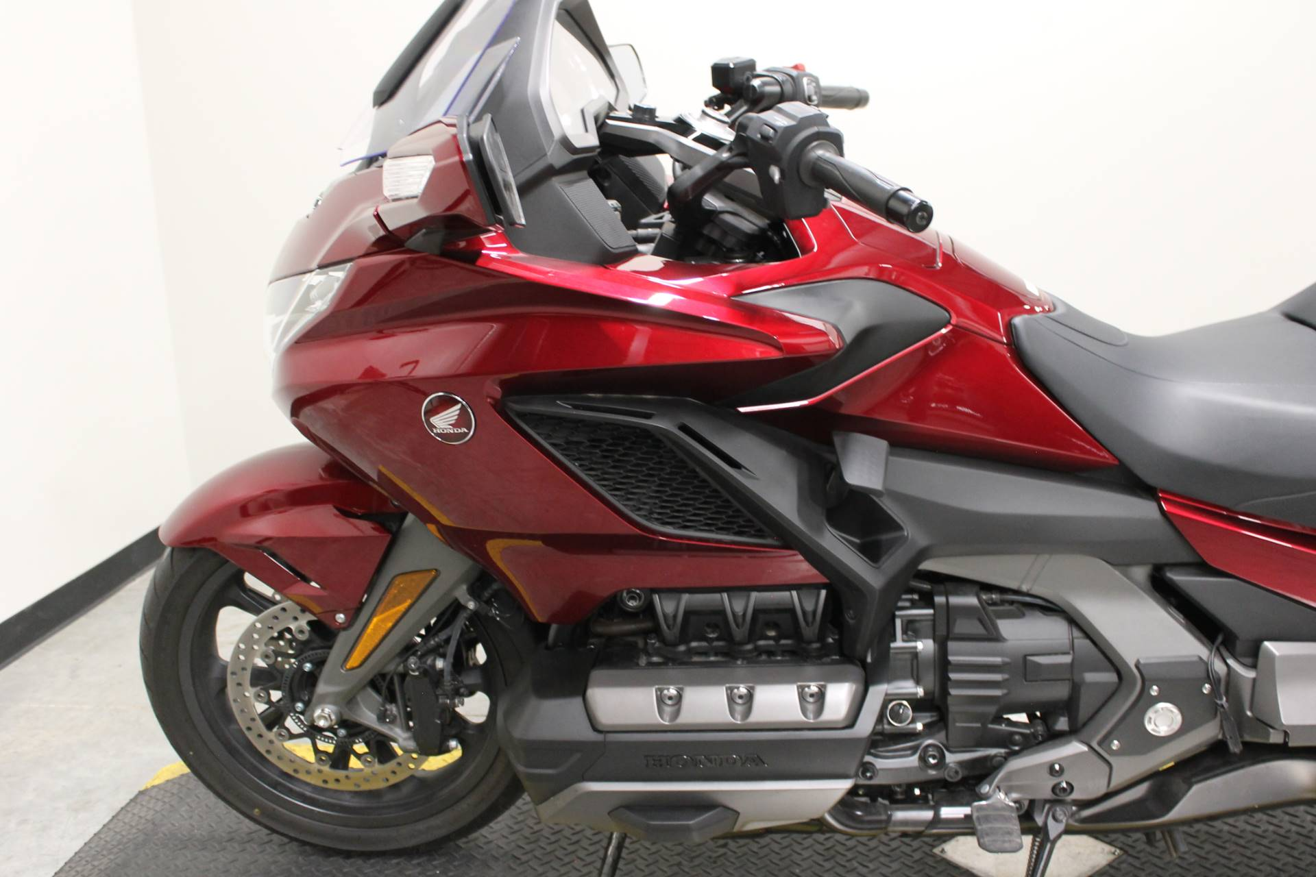 2018 Honda Gold Wing DCT in Fort Worth, Texas - Photo 2