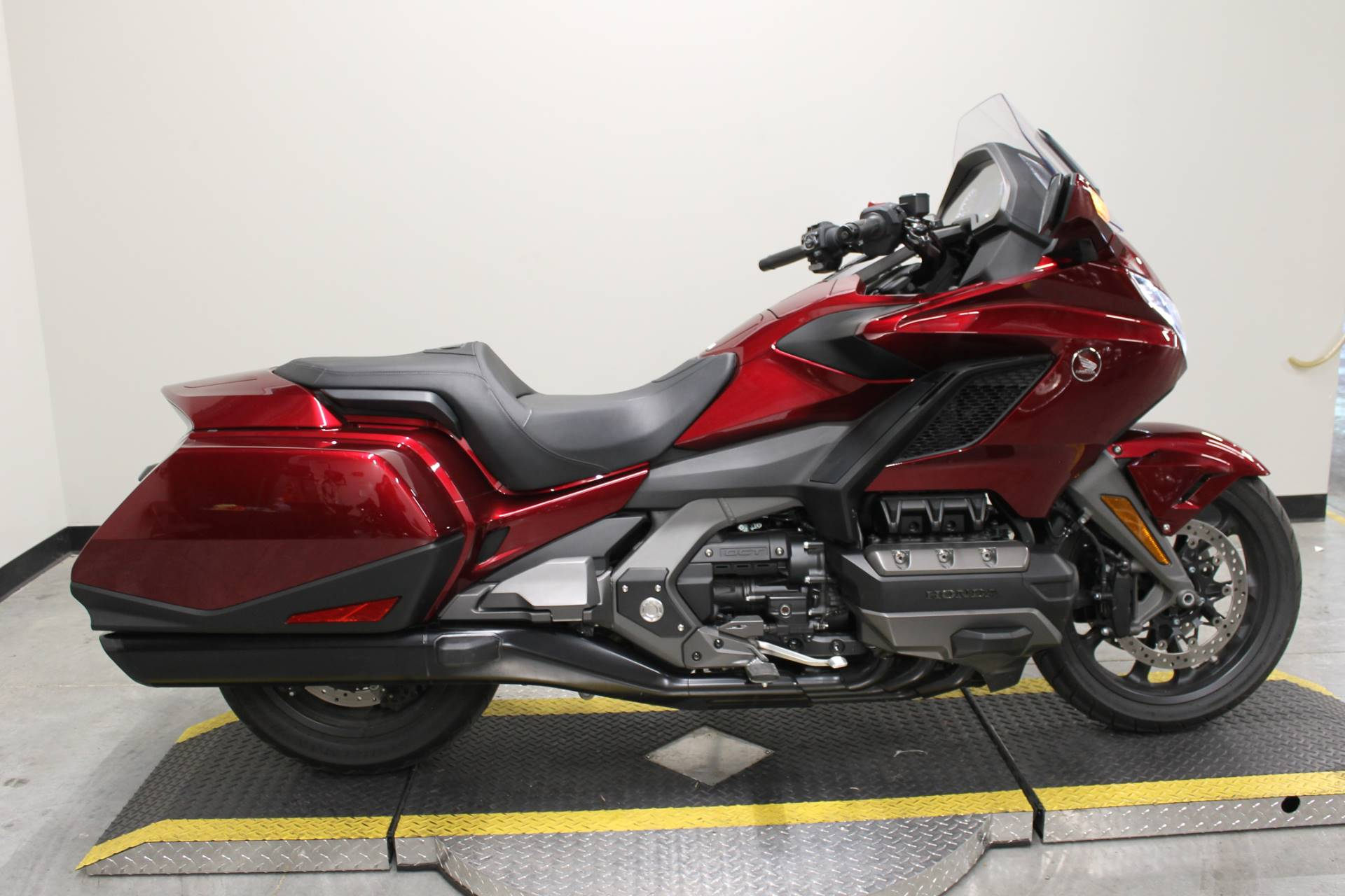 2018 Honda Gold Wing DCT in Fort Worth, Texas - Photo 1