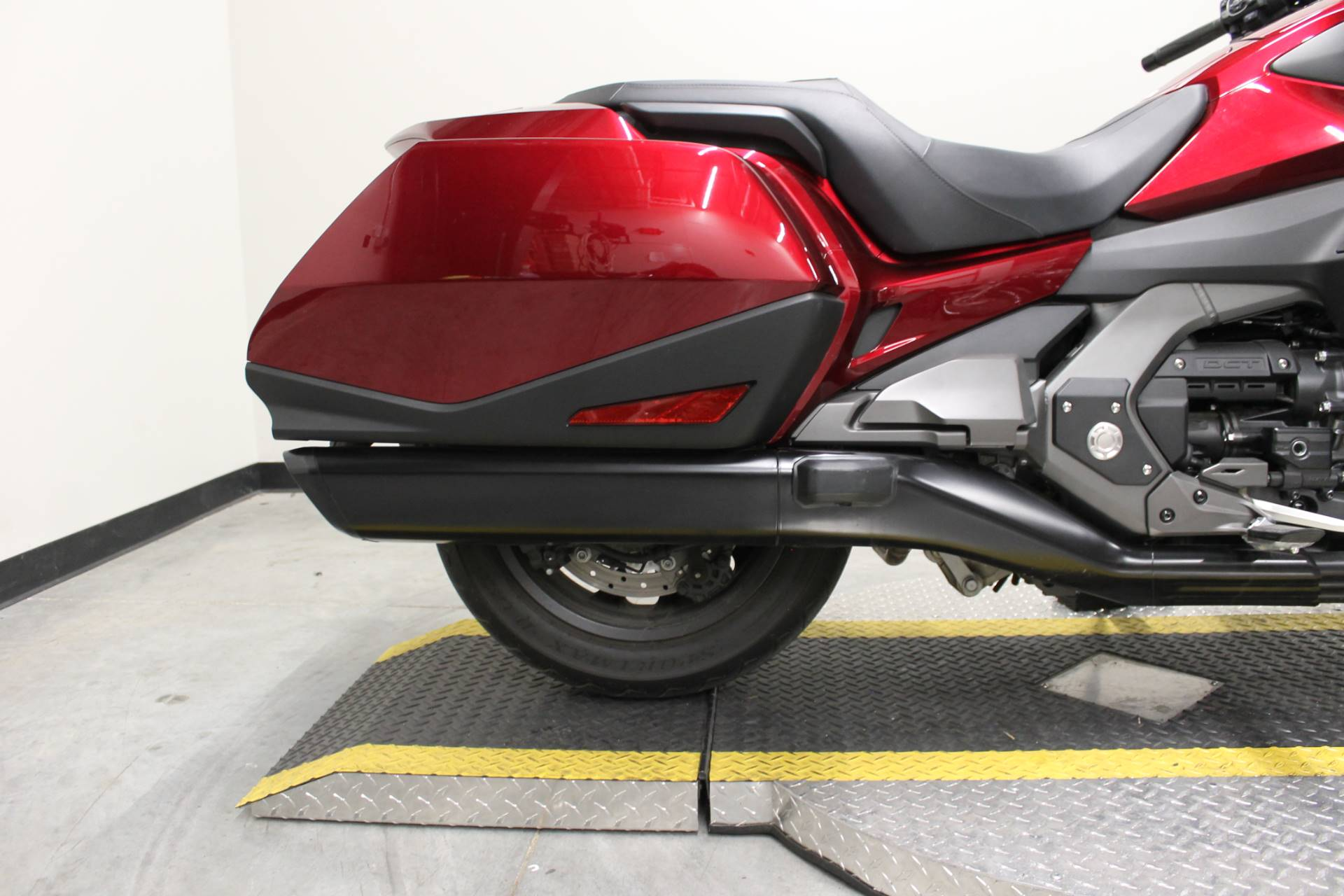 2018 Honda Gold Wing DCT in Fort Worth, Texas - Photo 10
