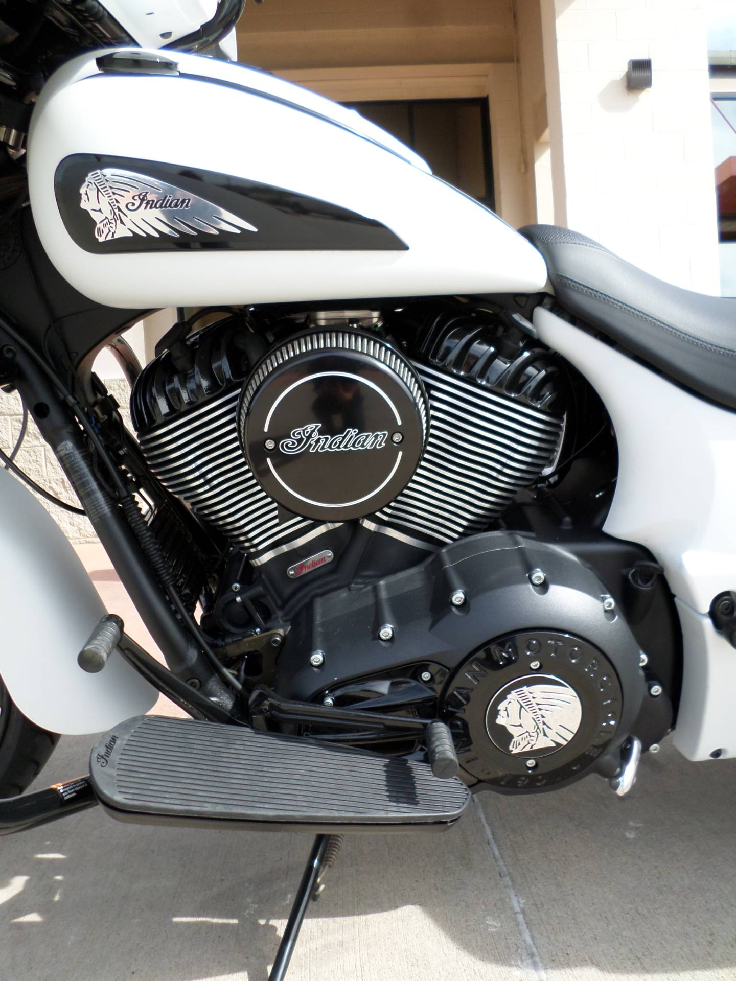 2019 Indian Chieftain Dark Horse® ABS in Fort Worth, Texas - Photo 7
