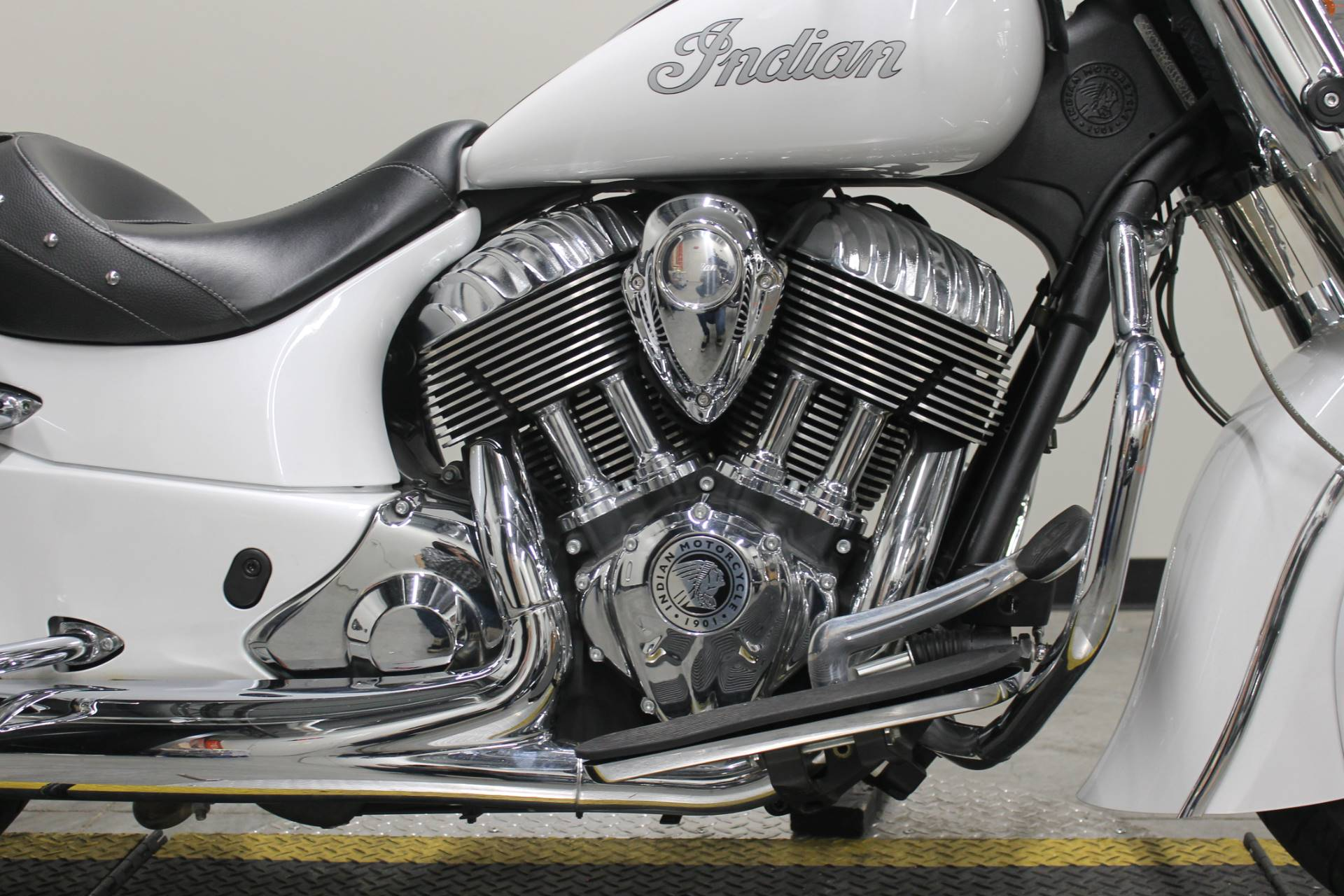 2016 Indian Chief® Classic in Fort Worth, Texas - Photo 2