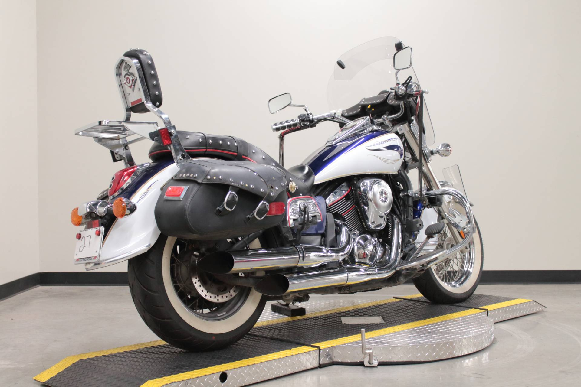 2013 Kawasaki Vulcan® 900 Classic LT in Fort Worth, Texas - Photo 2