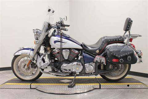 2013 Kawasaki Vulcan® 900 Classic LT in Fort Worth, Texas - Photo 6