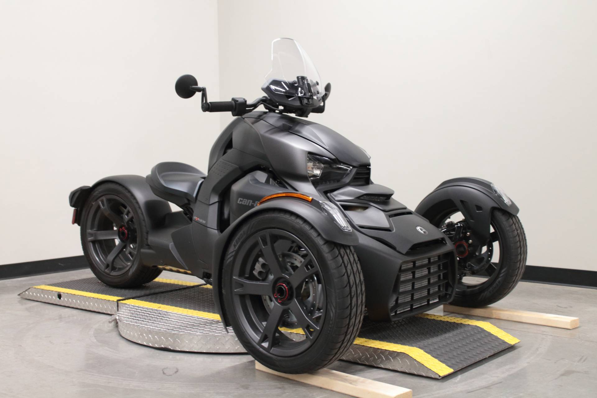 2019 Can-Am Ryker 900 ACE in Fort Worth, Texas - Photo 2
