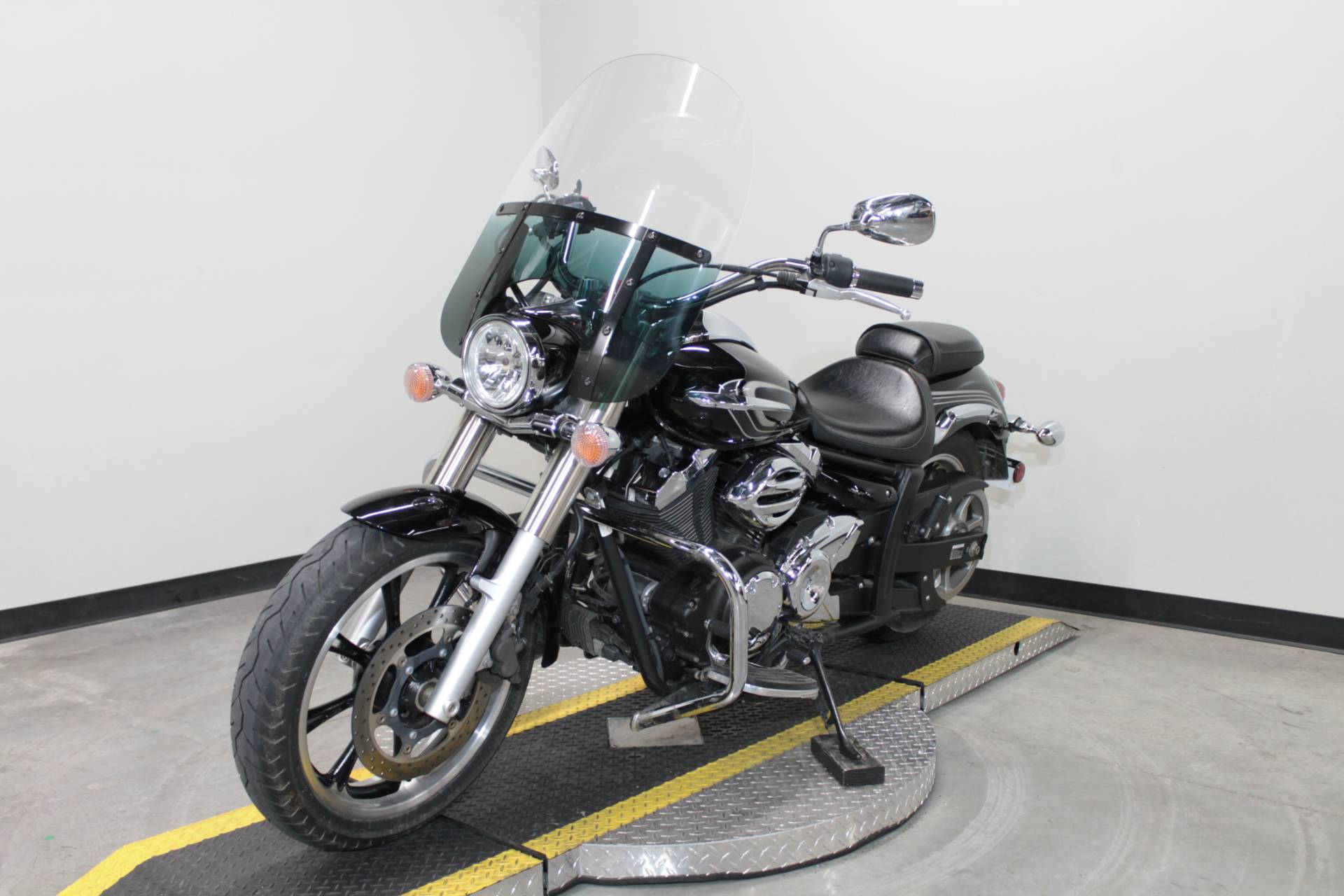 2015 Yamaha V Star 950 in Fort Worth, Texas - Photo 5