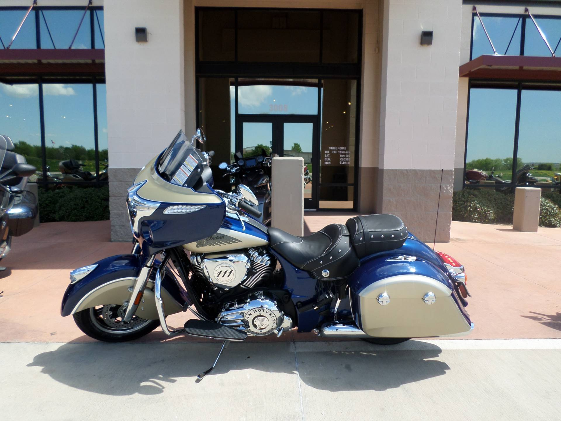 2019 Indian Chieftain® Classic ABS in Fort Worth, Texas - Photo 1
