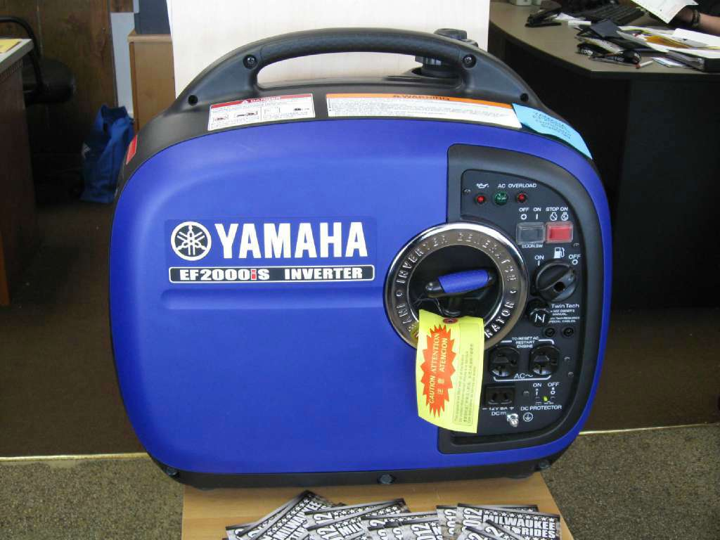 2014 Yamaha EF2000iS in Brookfield, Wisconsin