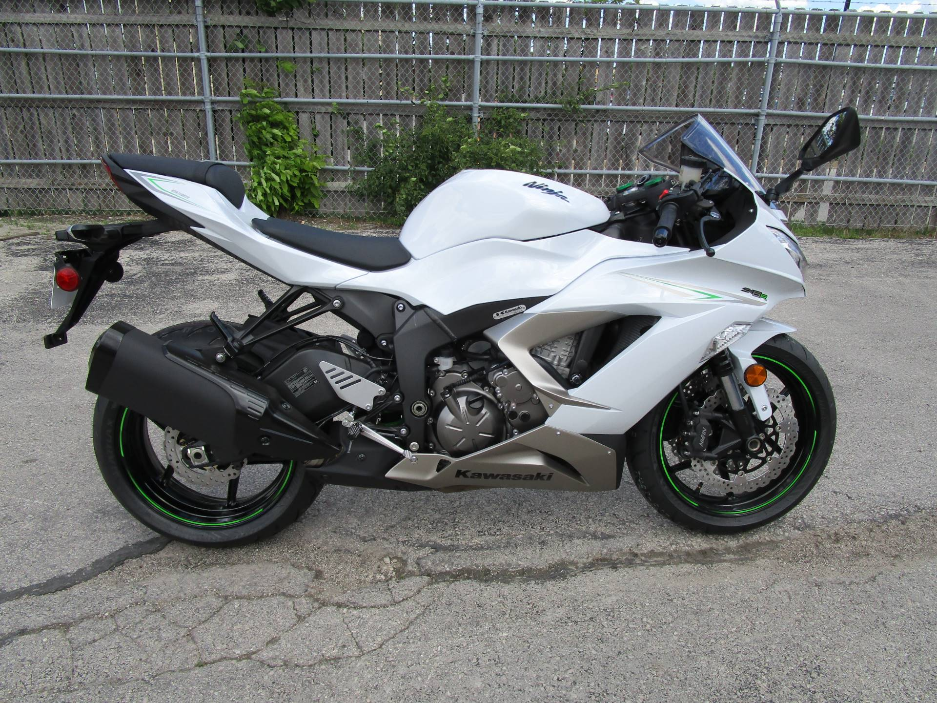 2017 Kawasaki NINJA ZX-6R in Brookfield, Wisconsin