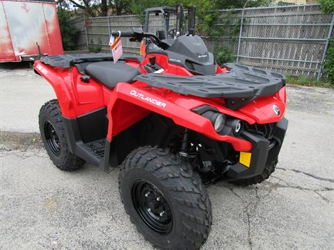 2017 Can-Am Outlander 650 in Brookfield, Wisconsin