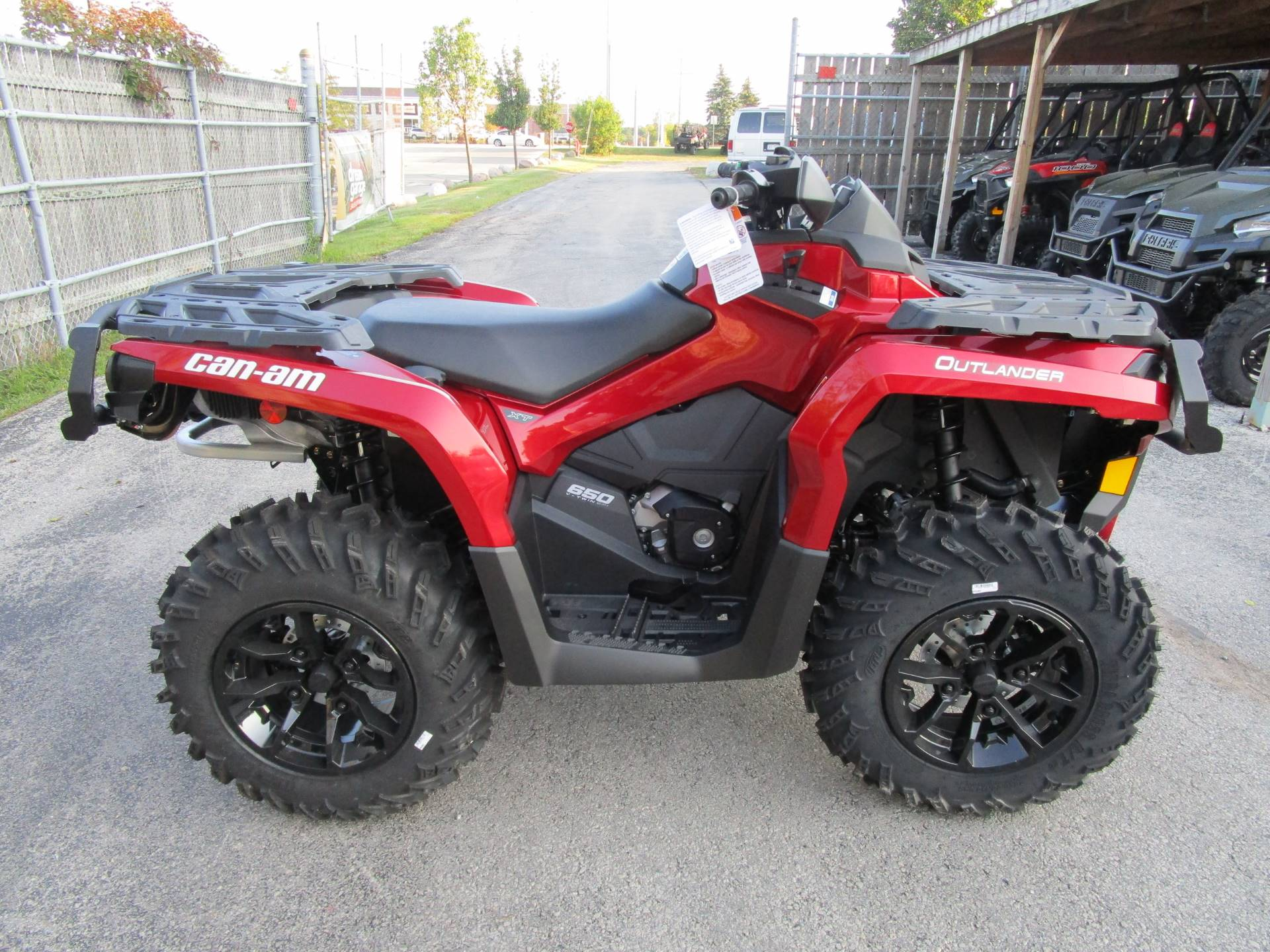 new 2018 can am outlander xt 650 atvs in brookfield wi. Black Bedroom Furniture Sets. Home Design Ideas
