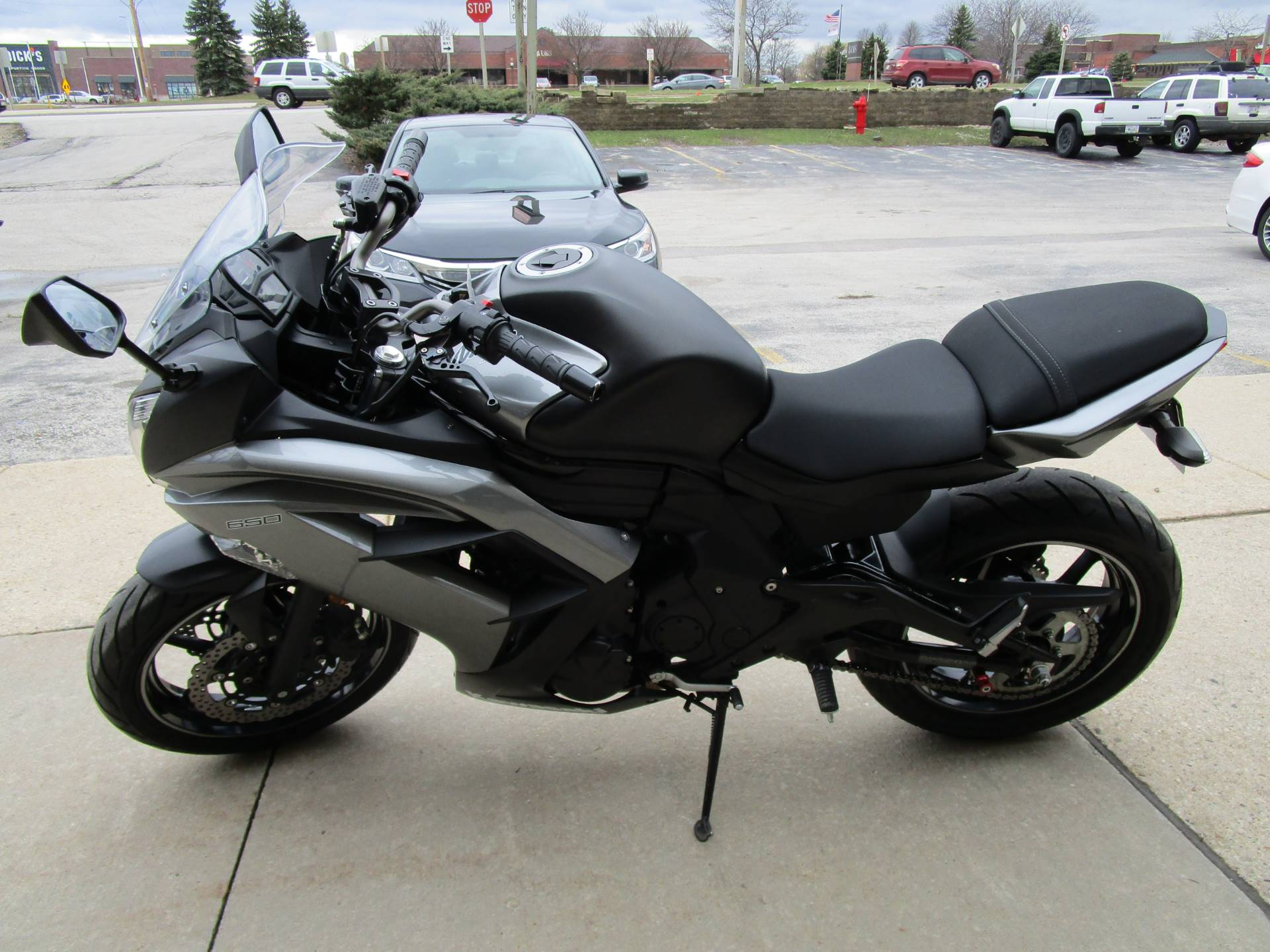 2014 Kawasaki Ninja® 650 in Brookfield, Wisconsin