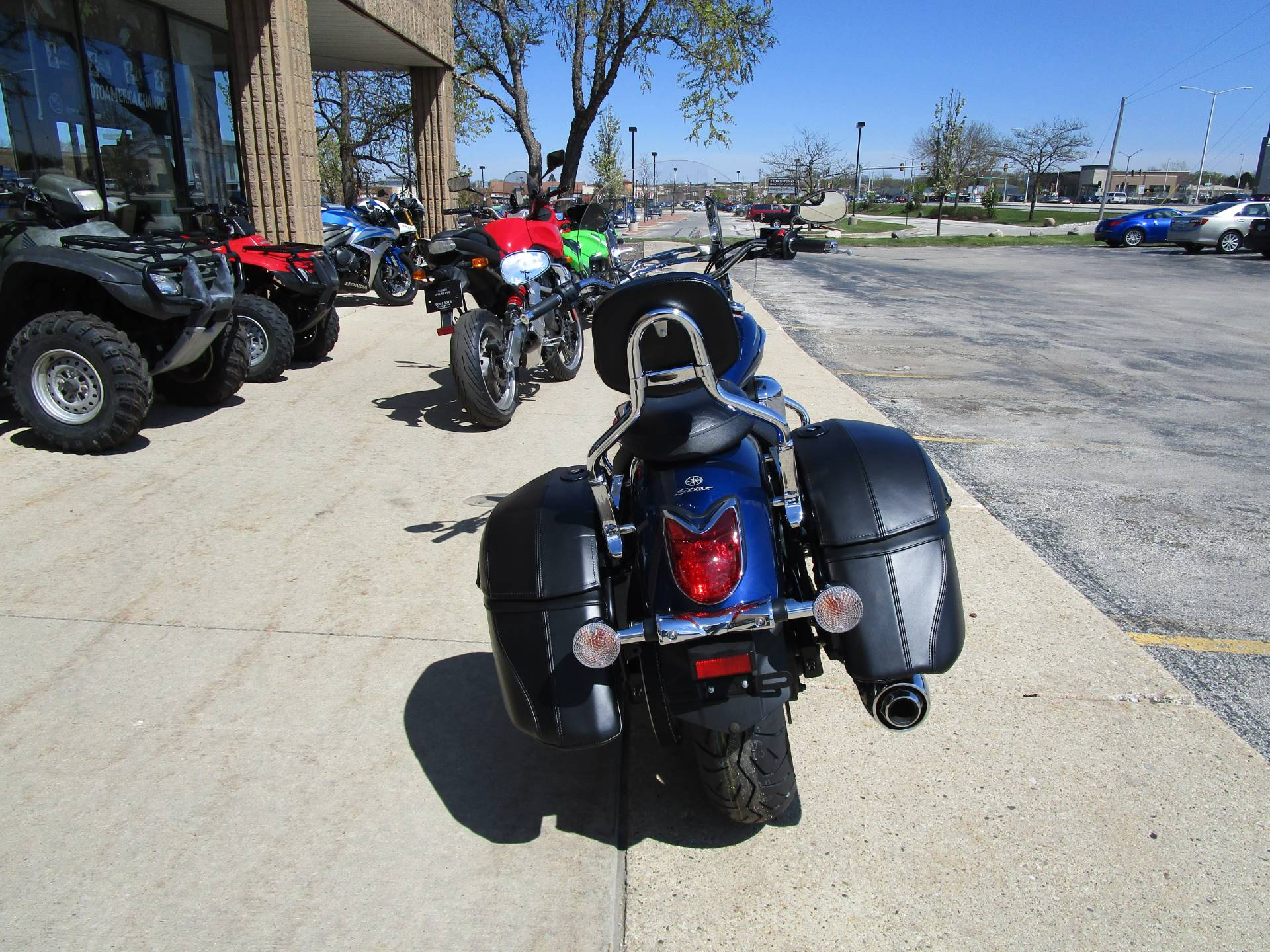 2015 Yamaha V Star 950 Tourer in Brookfield, Wisconsin