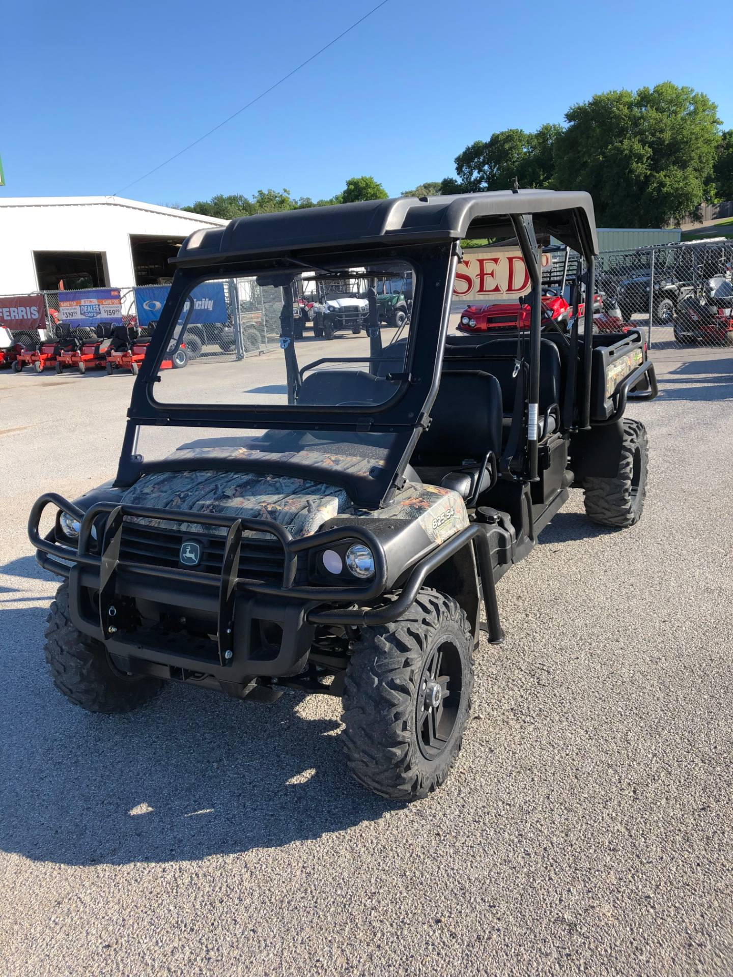 2013 John Deere XUV 825i S4 in Kerrville, Texas - Photo 2