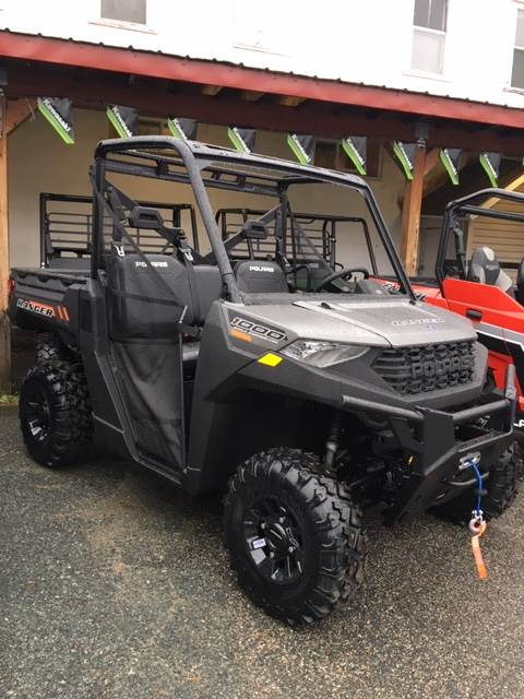 2020 Polaris Ranger 1000 Premium Winter Prep Package in Littleton, New Hampshire - Photo 2