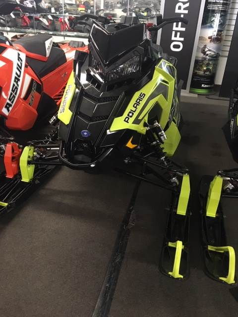 2019 Polaris 800 INDY XC 129 Snowcheck Select in Littleton, New Hampshire - Photo 2
