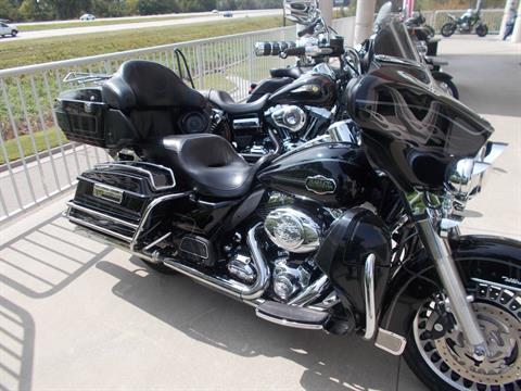 2011 Harley-Davidson ELECTRAGLIDE ULTRA CLASSIC in Junction City, Kansas - Photo 3