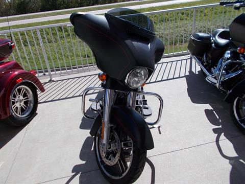 2016 Harley-Davidson Street Glide Special in Junction City, Kansas