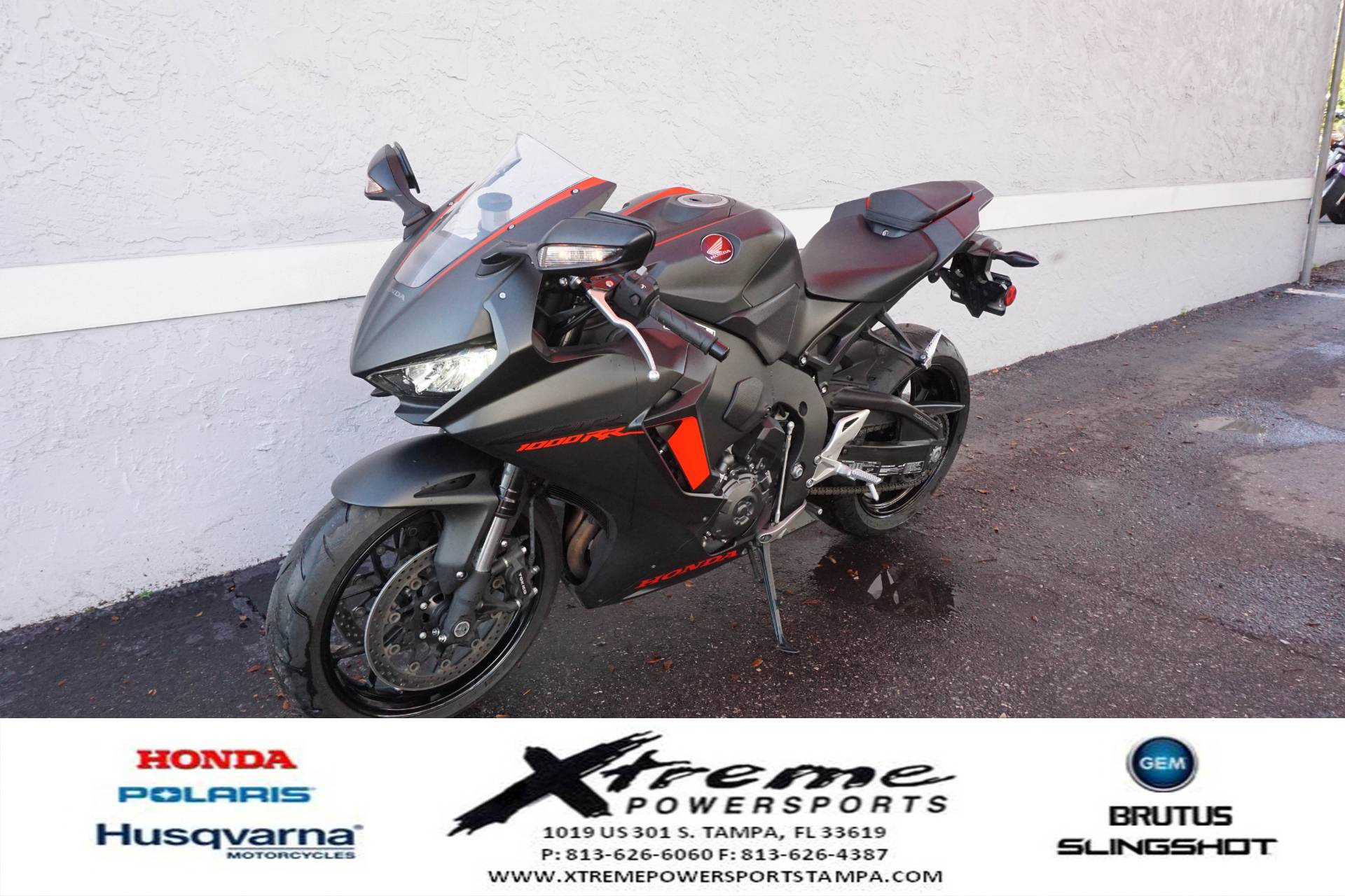 2017 Honda CBR1000RR ABS in Tampa, Florida - Photo 2