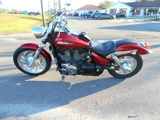 2009 Honda VTX®1300C in Tampa, Florida - Photo 2