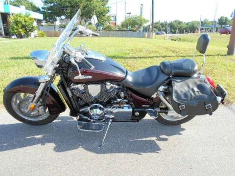 2006 Honda VTX™1800R Retro Cruiser in Tampa, Florida
