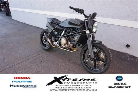 2019 Husqvarna SVARTPILEN 701 in Tampa, Florida - Photo 8