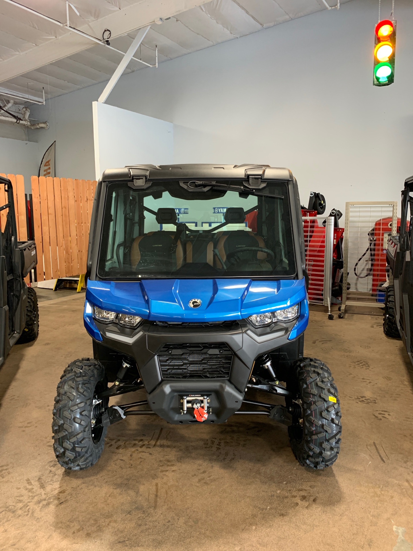 2021 Can-Am Defender Max Limited HD10 in Santa Maria, California - Photo 1