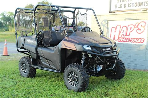 2021 Honda Pioneer 700-4 Deluxe in Sarasota, Florida - Photo 2