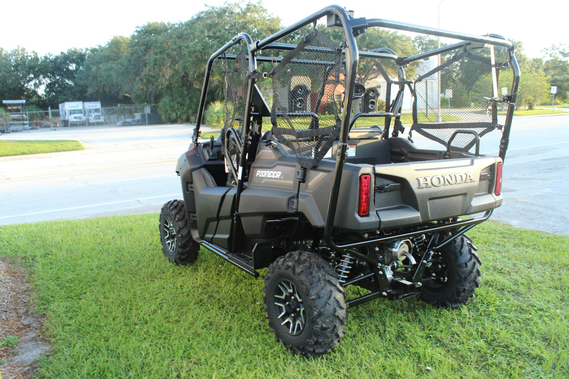 2021 Honda Pioneer 700-4 Deluxe in Sarasota, Florida - Photo 6