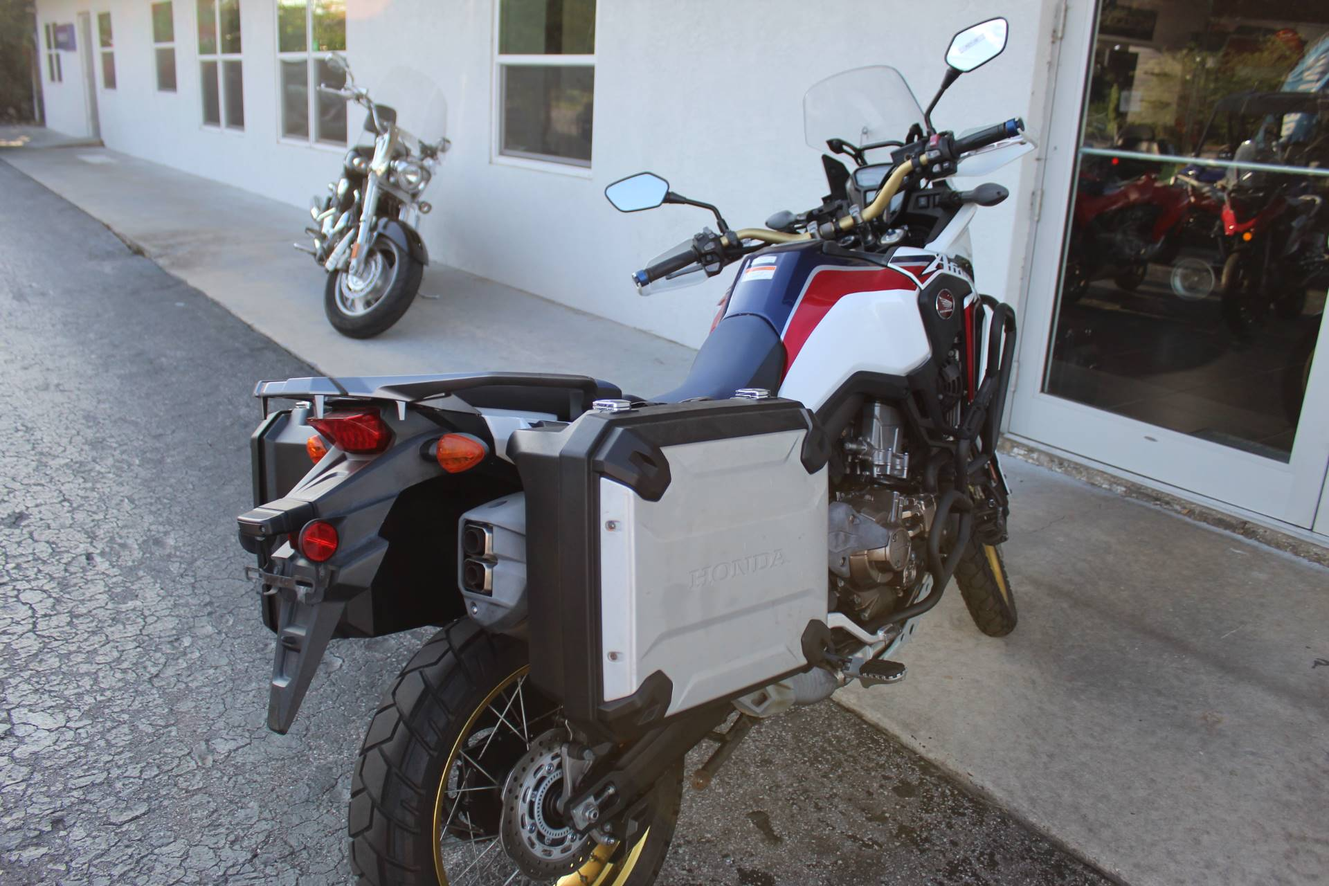 2017 Honda Africa Twin DCT in Sarasota, Florida - Photo 7